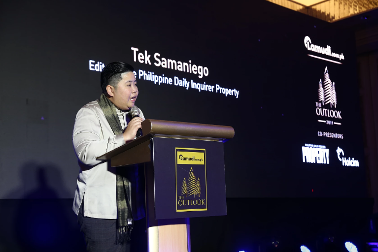 Editor-in-Chief of Philippine Daily Inquirer Property, Tek Samaniego gives her speech at The Outlook 2019 Awards.